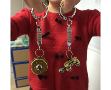 Best gift : Maxcatch Metal Fishing Reel Keychain!