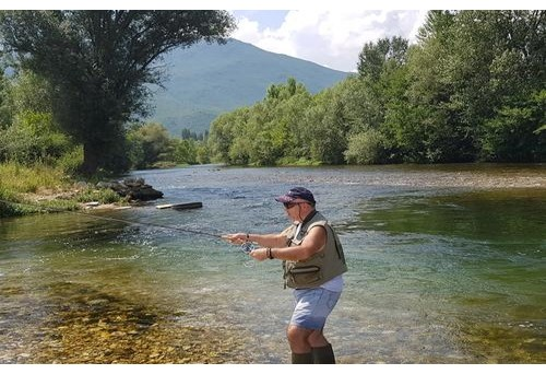 What Is Pocket Water in Fly Fishing