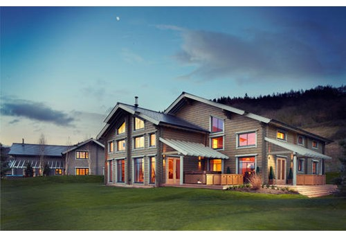 One of a kind montana fly fishing lodges