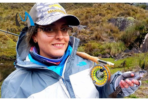 How to select women's fly fishing gloves?